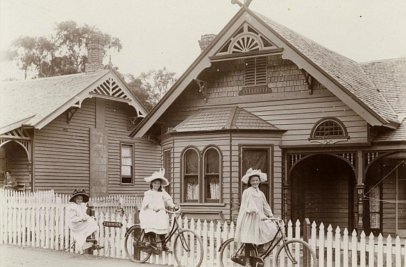 Media on Mars case study thumbnail: Three girls from the early 20th century playing in front of a federation style cottage