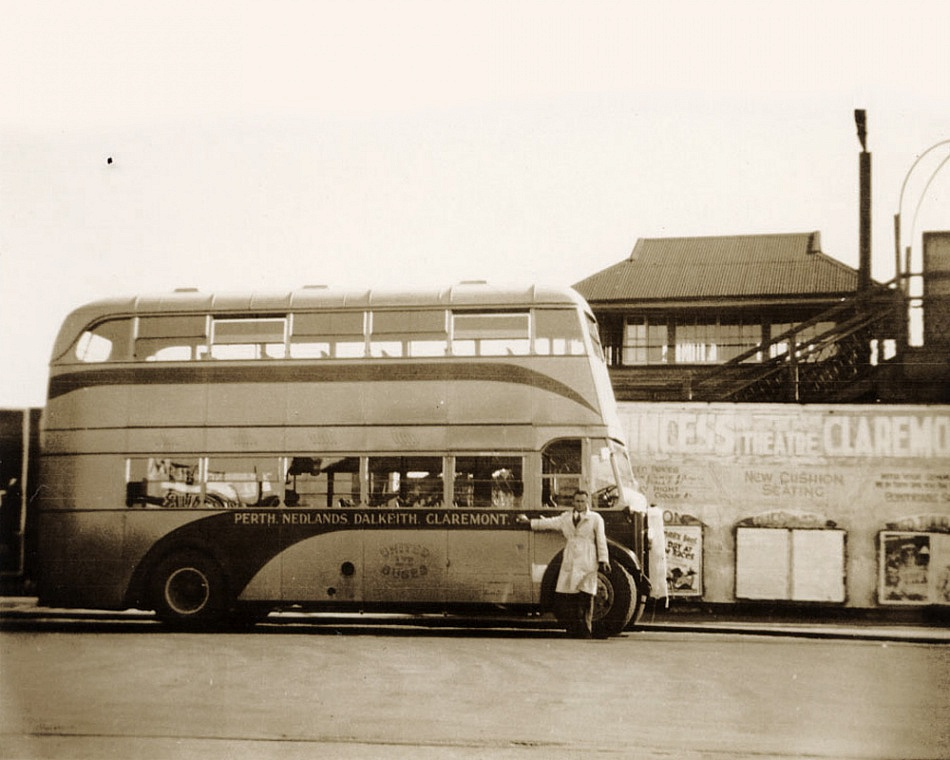 Old double decker bus in Claremont